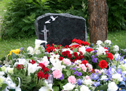 Hautaustoimisto Kukka- ja Hautauspalvelu Eronen