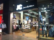 JC Jeans & Clothes, Sello