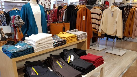 Vaatteet ja Kengät - Valitut tuotteet ja brändit