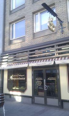 Kahvila Naapantuura