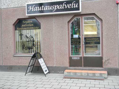 Hämeenlinnan Hautauspalvelu Calla Oy / päivystys 24h/vrk