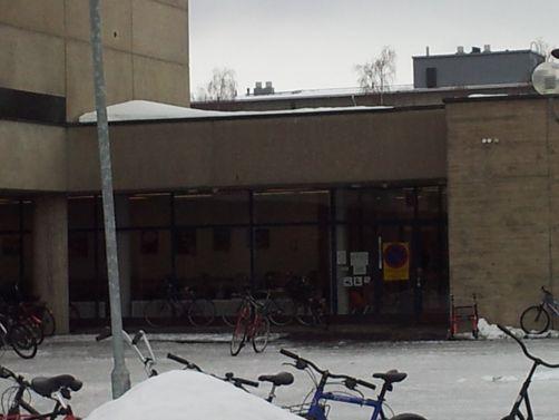 Oulun kaupunginkirjasto Karjasillan kirjasto
