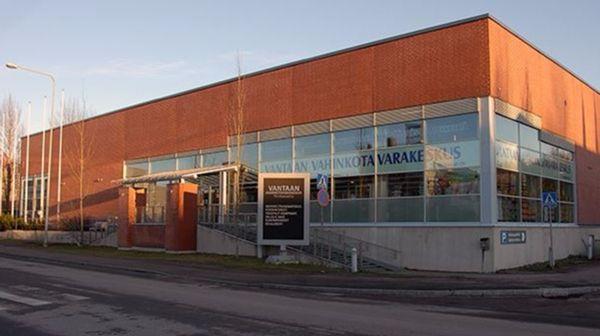 TH-Market Oy, Vantaan vahinkotavarakeskus, Vantaa