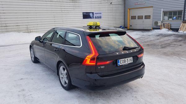 Taksiliikenne Kimmo Tikka, Pori