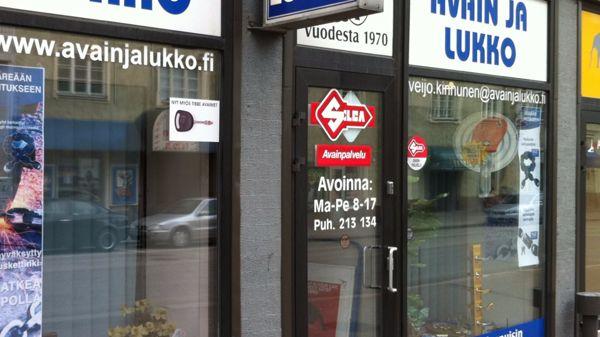 Avain ja Lukko, Kotka