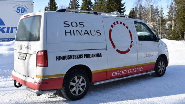 Hinauskeskus Pohjanmaa - Hinauspalvelu 24 h ja Tiepalvelu, Raahe