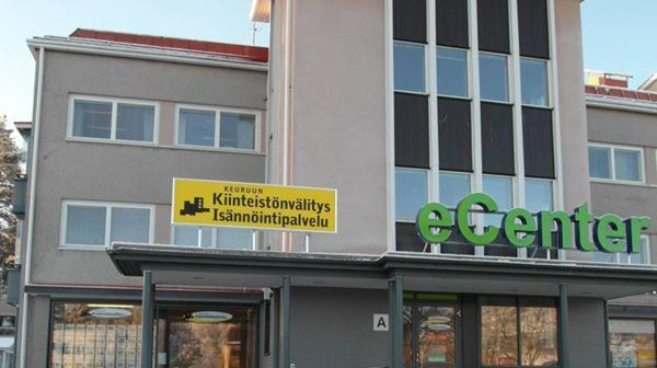 Kiinteistönvälittäjä, yrittäjä Heli Tuomaala, Ähtäri