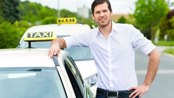 Taksi Pasi Vääräkangas, Simo