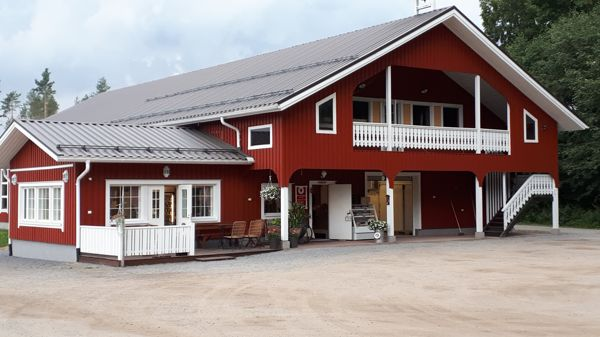 Kuusamon Mansikkatila, Hämeenlinna