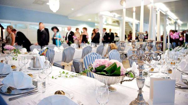 Parone Design hää- ja juhlasuunnittelutoimisto, Helsinki