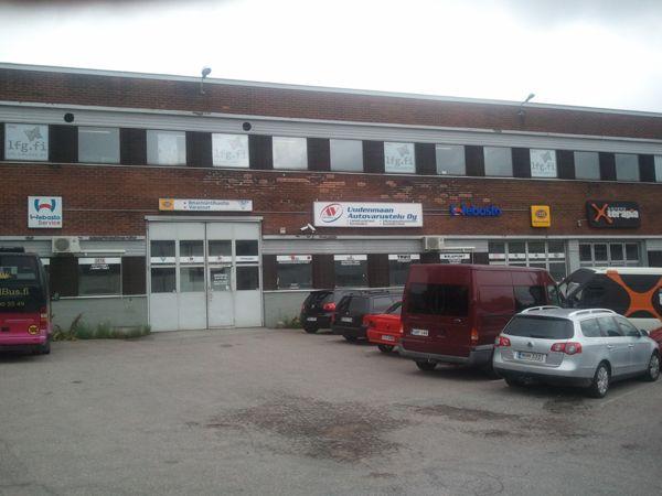 Uudenmaan Autovarustelu Oy, Helsinki