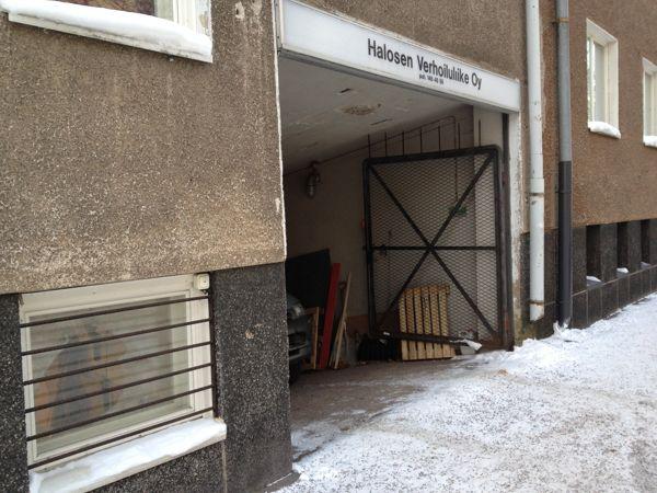 Halosen Verhoiluliike Oy, Helsinki