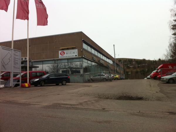Helsingin Sisustuspuu Oy, Vantaa