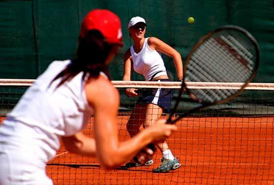 Tenniskeskus Hämeenlinnan Oy, Hämeenlinna