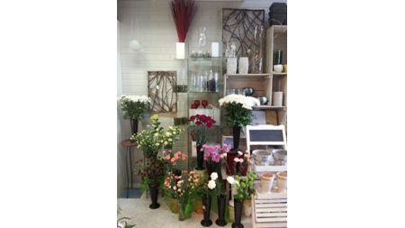 Laukaan Kukkakauppa ja Hautaustoimisto, Laukaa